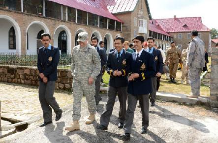 College Tour for NATO Commanders