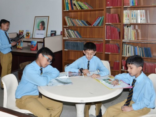 Munir Library Prep School